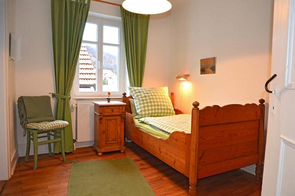 2. Schlafzimmer, Fewo Kirchbergblick (Haus am Schlossberg, Pfalz)