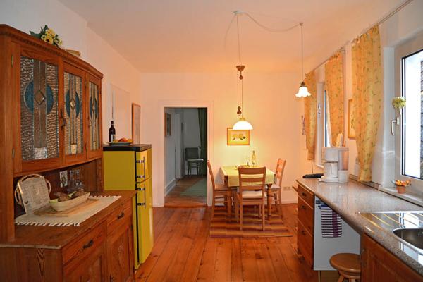 Küche mit Essbereich, Fewo Kirchbergblick (Haus am Schlossberg, Pfalz)