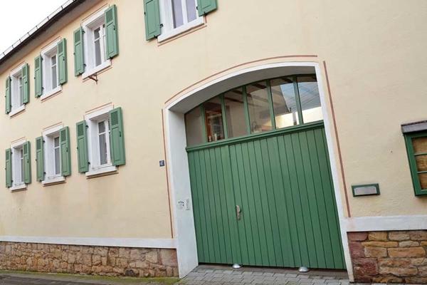 Haus am Schlossberg, Eingangsbereich, (Weindorf Hambach, Neustadt / Weinstr., Pfalz)