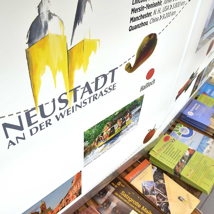 Die Touristinformation in Neustadt / Weinstraße hält zahlreiches Informationsmaterial bereit.